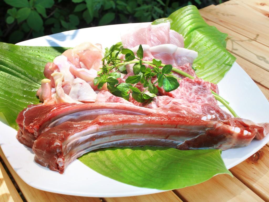 BBQ_お肉の盛り合わせ